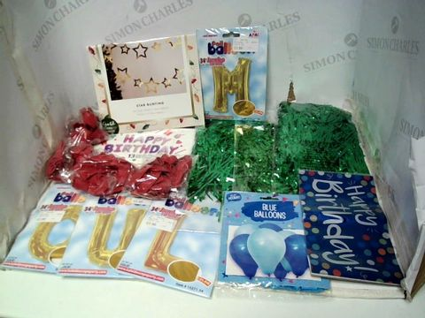 Lot 177 LOT OF ASSORTED PARTY DÉCOR TO INCLUDE BALLOONS, BUNTING, WIGS