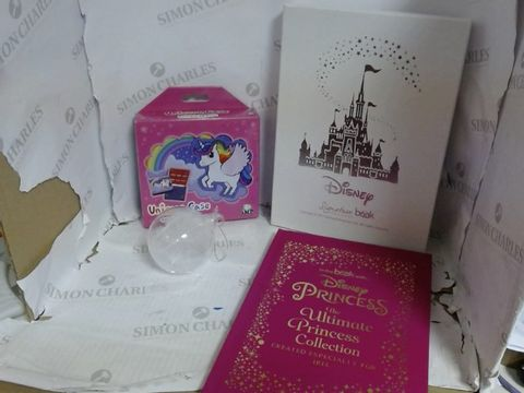Lot 4614 A LOT OF APPROXIMATELY 9 PERSONALISED HOUSEHOLD ITEMS TO INCLUDE: PERSONALISE DISNEY PRINCESS BOOK, NINTENDO 2DS UNICORN CONSOLE CASE, PERSONALISED FEATHER BAUBLE, ETC  RRP £206.92