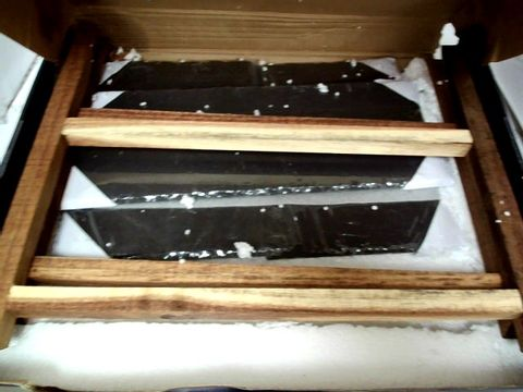 Lot 8699 ARTESA TIERED SLATE SERVING PLATTERS IN GIFT BOX, ACACIA WOOD, 40 X 30 X 25 CM