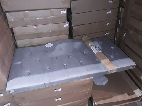 Lot 5194 BOXED GREY FABRIC KING SIZED HEADBOARD WITH BUTTON DETAILING