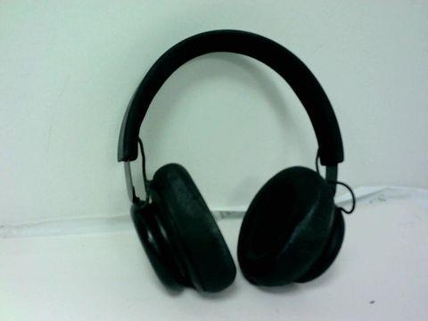 Lot 4204 B&O PLAY H4 WIRELESS OVER EAR HEAD PHONES
