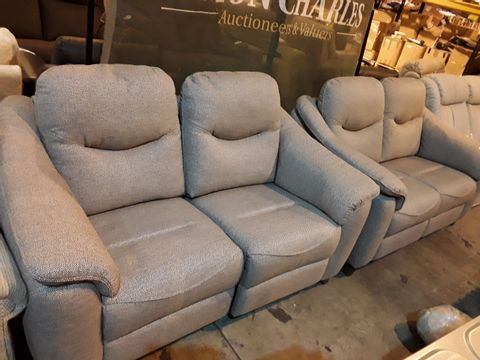 Lot 628 PAIR OF QUALITY BRITISH MANUFACTURED HARDWOOD FRAMED GREY FABRIC TWO SEATER SOFAS 1 FIXED, 1 POWER RECLINER.