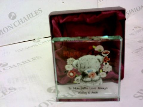 Lot 39 PERSONALISED ME TO YOU MUM GLASS BLOCK  (AISLING  & ANDr) RRP £22.00