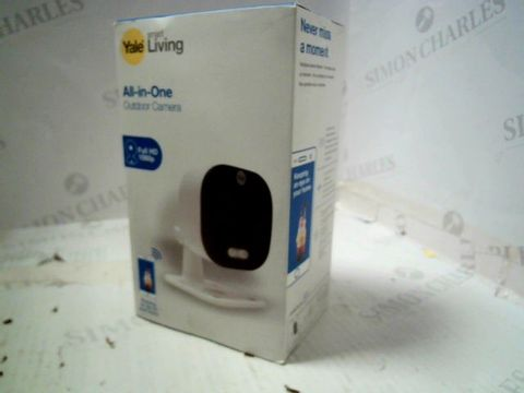 Lot 217 YALE SMART LIVING - ALL IN ONE OUTDOOR CAMERA