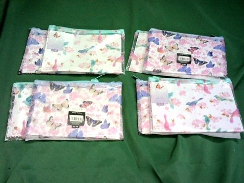 Lot 1074 LOT OF 8 A5 SIZE AMAYA OLLECTION ZIP WALLETS - 2 DESIGNS