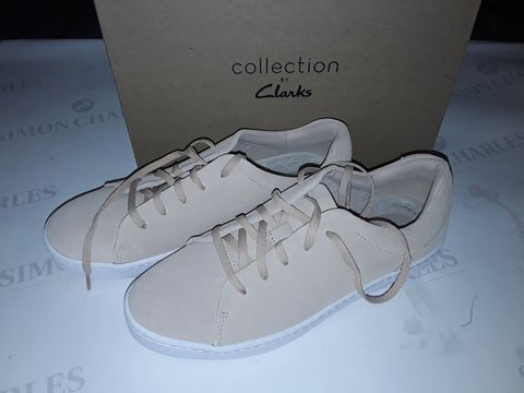 Lot 8053 BOXED PAIR OF CLARK'S PAWLEY SPRINGS SHOES IN BLUSH SUEDE - UK 7