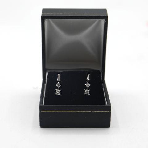 Lot 5 DESIGNER 18ct WHITE GOLD DROP EARRINGS, SET WITH BRILLIANT, BAGUETTE & PRINCESS CUT DIAMONDS