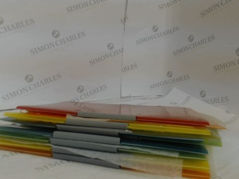 Lot 1407 APPROXIMATELY 9 PLASTIC A4 FOLDERS IN A RANGE OF DIFFERENT COLOURS
