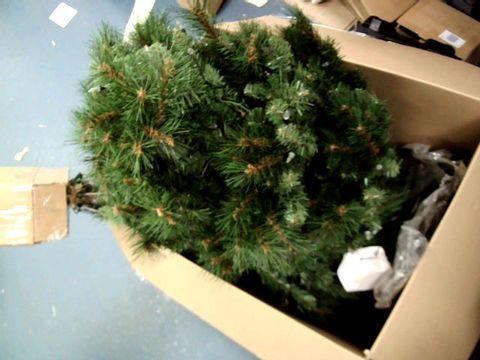Lot 9226 PRE LIT CHRISTMAS TREE