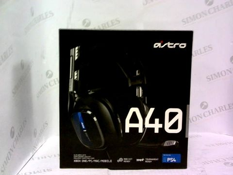 Lot 1030 ASTRO GAMING A40 TR WIRED GAMING HEADSET GEN 4 FOR XBOX & PC - BLACK/BLUE
