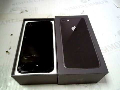 Lot 300 BOXED APPLE IPHONE 8 SMARTPHONE
