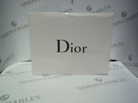 Lot 9243 DIOR TROUSSE POUCH