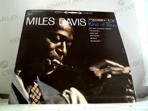 Lot 8290 LOT OF 10 ASSORTED VINYL RECORDS TO INCLUDE; MILES DAVIS, LITTLE RICHARD, THE INK SPOTS ETC