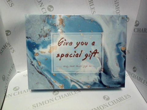 Lot 9170 GIVE YOU A SPECIAL GIFT BATH BOMBS GIFT SET