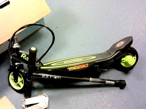 Lot 5462 BOXED RAZOR POWERCORE E90 GREEN SCOOTER RRP £250.00