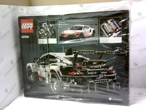 Lot 5452 LEGO TECHNIC 42096 PORSCHE 911 RSR RRP £174.99