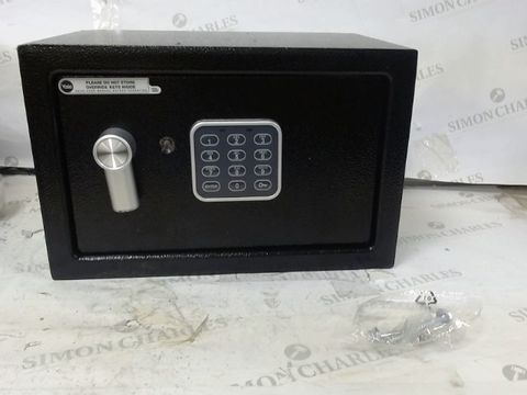 Lot 533 YALE ELECTRONIC SAFE - SMALL