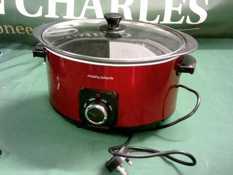 Lot 9056 MORPHY RICHARDS SEAR AND STEW SLOW COOKER 6.5L