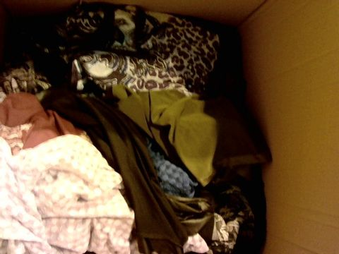Lot 12085 BOX OF APPROX 20 WOMEN CLOTHING ITEMS INCLUDING PURPLE JOE BROWNS DRESS,  VIOLET MICHELLE HOPE TOP AND BLUE MARLA WYNNE TOP