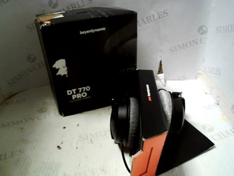 Lot 582 BEYERDYNAMIC DT 770 PRO STUDIO HEADPHONES