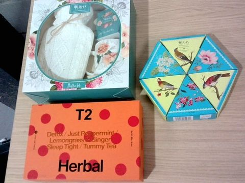 Lot 323 SELECTION OF HERBAL TEA AND HOT CHOCOLATE SET