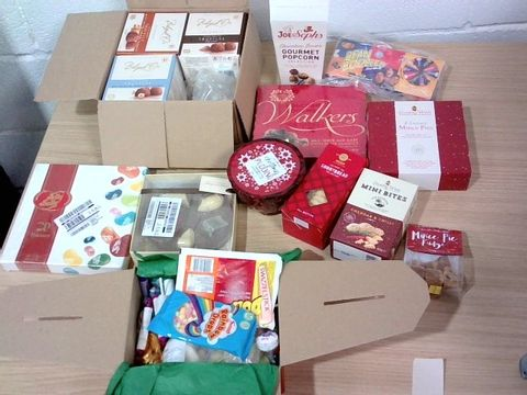 Lot 318 ASSORTED CHOCOLATE AND SWEETS HAMPER