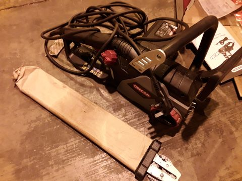 Lot 517 OREGAN CS1400 DURSCUT 2400W ELECTRIC CHAINSAW