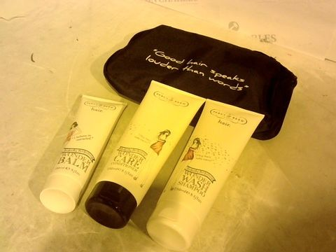 Lot 2717 PERCY REED HAIR SET