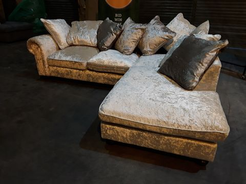 Lot 33 DESIGNER CRUSHED SILVER VELVET CHAISE SOFA WITH SCATTER CUSHIONS