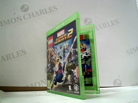 Lot 8041 LEGO: DC SUPER HEROES 2 XBOX ONE GAME