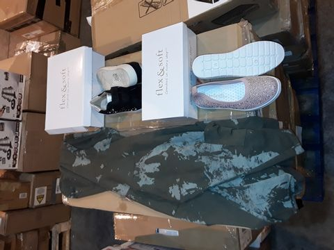 Lot 8229 BOX OF APPROXIMATELY 20 ASSORTED ITEMS OF FOOTWEAR AND CLOTHING TO INCLUDE NABELLA GREEN CAMO THIN HOODIE SIZE S/M, FLEX & SOFT DIAMANTE SLIP ON SHOE PINK SIZE 5 AND DOUBLE STRAP EMBELLISHED TRAINERS