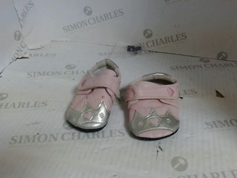 Lot 7211 JACK AND LILY TODDLER SHOES