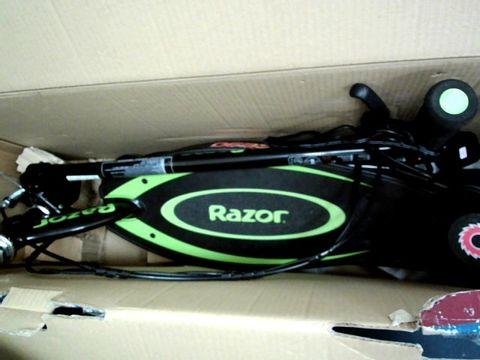 Lot 5062 BOXED RAZOR POWERCORE E90 GREEN SCOOTER RRP £250.00