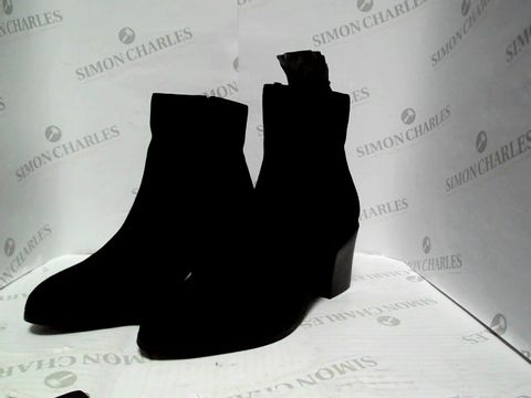Lot 1050 BLACK SUEDE ANKLE BOOTS - UK SIZE 4