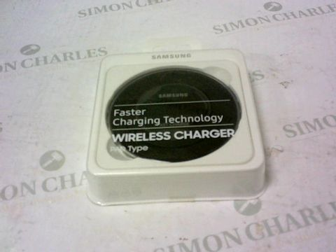 Lot 2127 BRAND NEW BOXED SAMSUNG BLACK PAD WIRELESS CHARGER