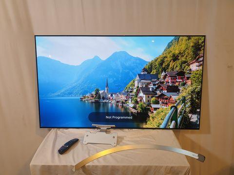 Lot 38 LG 55 INCH OLED55B7V-ES OLED 4K ULTRA HD PREMIUM SMART TV