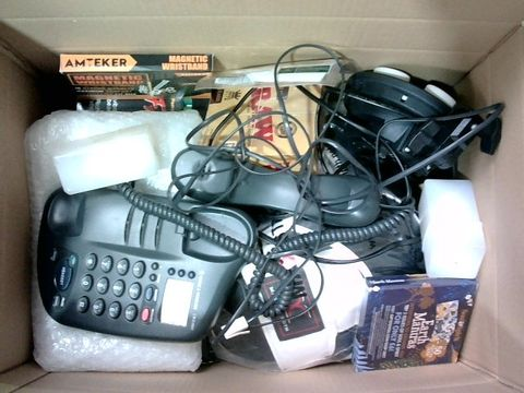 Lot 2325 BOX OF LARGE QUANTITY OF ASSORTED HOUSEHOLD ITEMS