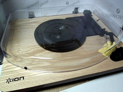 Lot 755 ION AIR LP WIRELESS STREAMING TURNTABLE