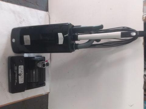 Lot 9111 SEBO 91540GB AUTOMATIC PET EPOWER UPRIGHT VACUUM CLEANER,