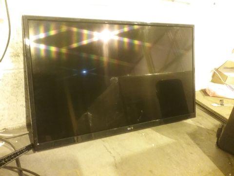 "Lot 2172 CELLO 32"" C32SFSD SUPERFAST SMART LED TV"
