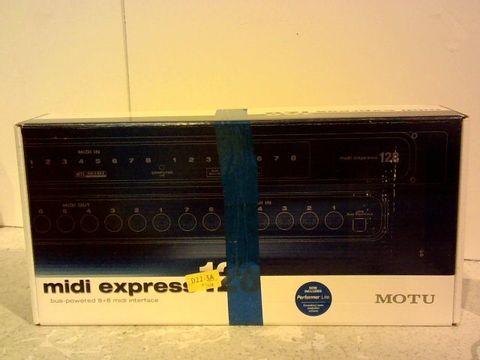 Lot 1010 MOTU MIDI EXPRESS 128 Interface