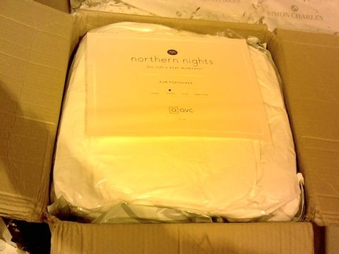 Lot 15667 PUR FEATHER BY NORTHERN NIGHTS EXTRA DEEP FEATHERBED - DOUBLE