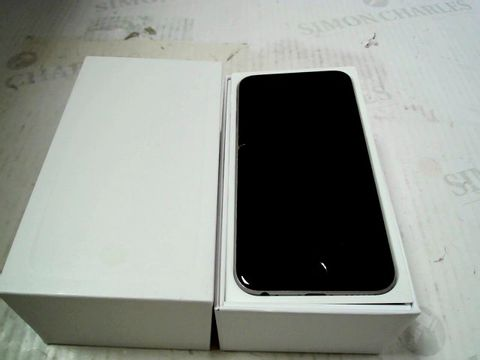 Lot 307 BOXED APPLE IPHONE 6 (A1586) SMARTPHONE - CAPACITY UNKNOWN