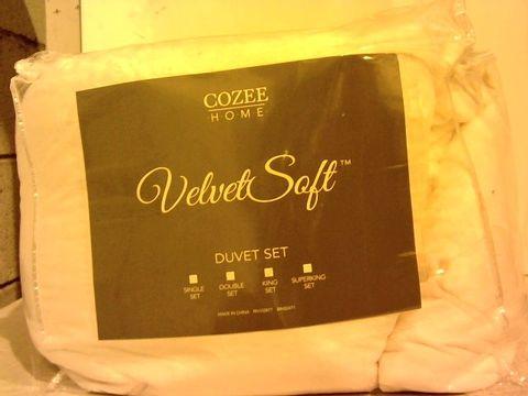Lot 16211 COZEE HOME VELVET SOFT DUVET SET - WHITE IN KING SIZE