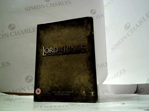 Lot 8148 LORD OF THE RINGS DVD BOX SET