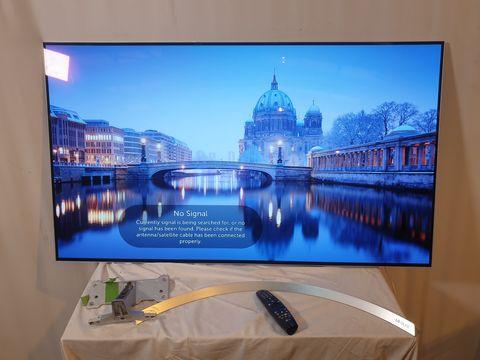 Lot 43 LG 55 INCH OLED55B7V-ES OLED 4K ULTRA HD PREMIUM SMART TV