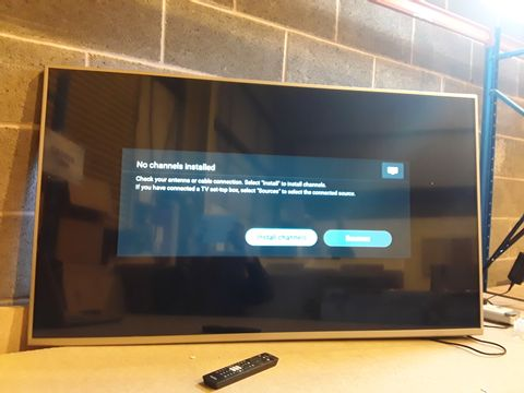 Lot 128 PHILIPS 55PUS6754 55 INCH 4K ULTRA HD HDR SMART LED TV