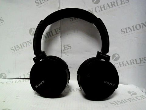 Lot 7095 SONY MDR-XB650BT WIRELESS HEADPHONES
