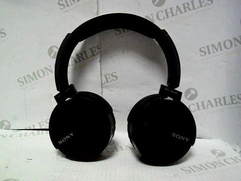 Lot 7095 SONY MDR-XB650BT WIRELESS HEADPHONES