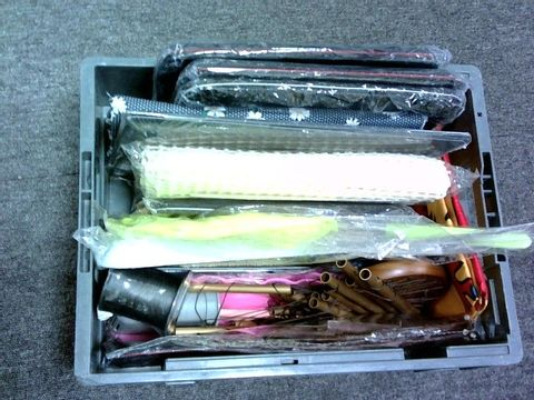 Lot 1019 APPROXIMATELY 17 ASSORTED ITEMS INCLUDING TRAYS, MACBOOK CASES, PENCIL CASES, WIND CHIMES, TABLE CLOTHES, THREAD, TOILET BRUSH, FLAG, NET